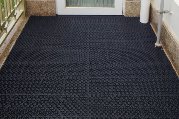 Pvc Outdoor Mats Suppliers Whole